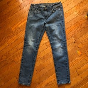 American Eagle Outfitters | 30/30